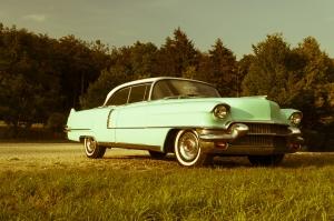 1421209_old_car