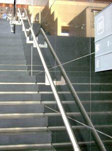 Kamienne stopnie – wszystko o montażu schodów kamiennych