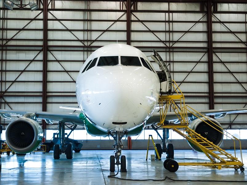 Bramy hangarowe w lotnictwie